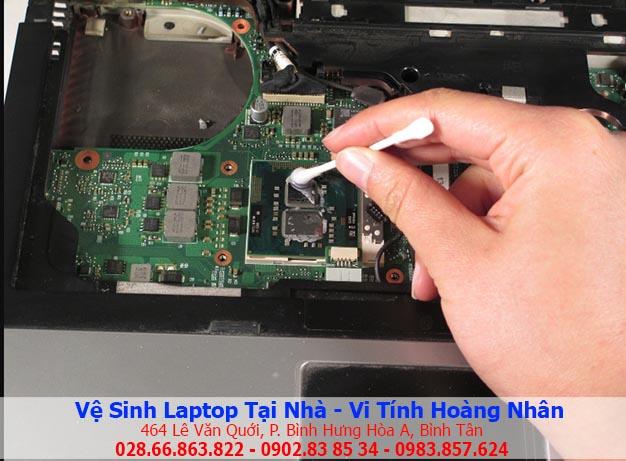 Vệ sinh keo tản nhiệt CPU laptop