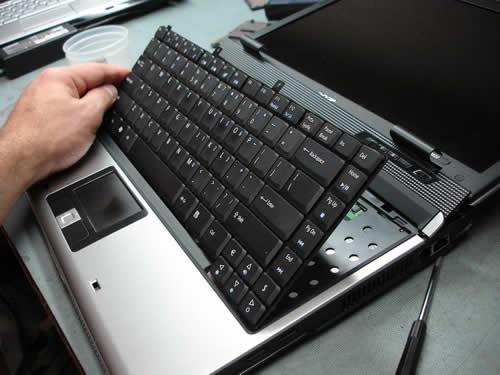 vệ sinh laptop quận bình tân tân phú